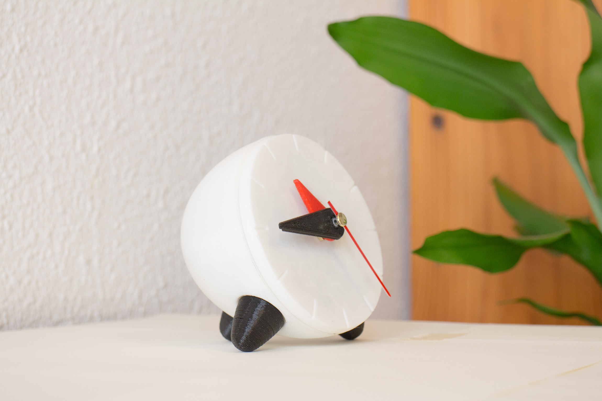 3D printable clock iso view