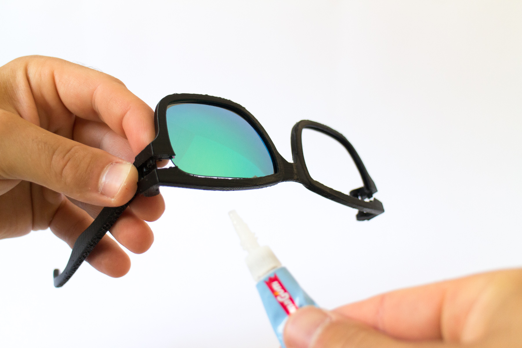 gluing 3D printed glasses